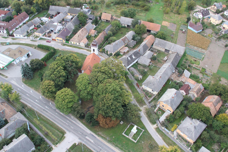 A zirci udvarház helye (Fotó Aeroart)