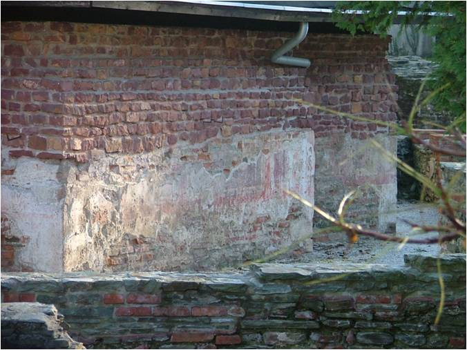 Az Oktogon északnyugati négyszögletes helyiségének északnyugati fala